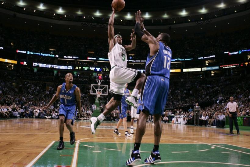 With both Dwight Howard and Rajon Rondo on the market, could the two stars be traded for each other?