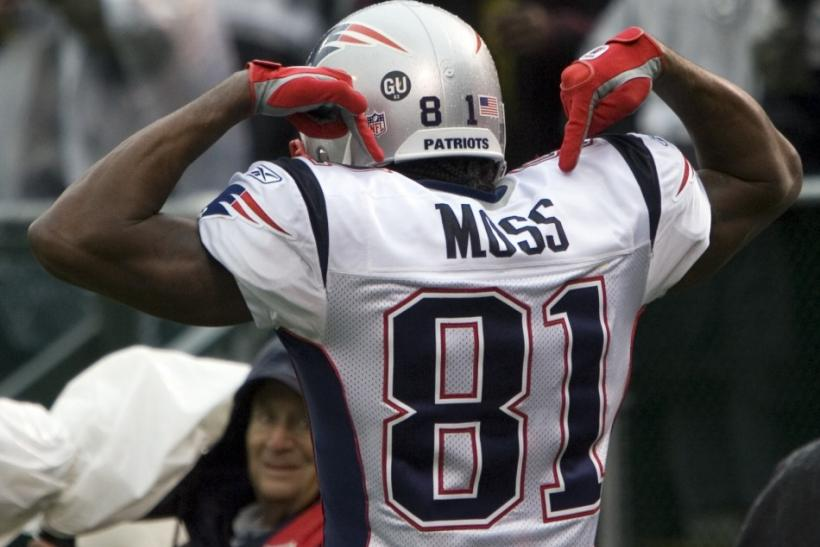 Randy Moss has 14,858 receiving yards in his 13-year career.