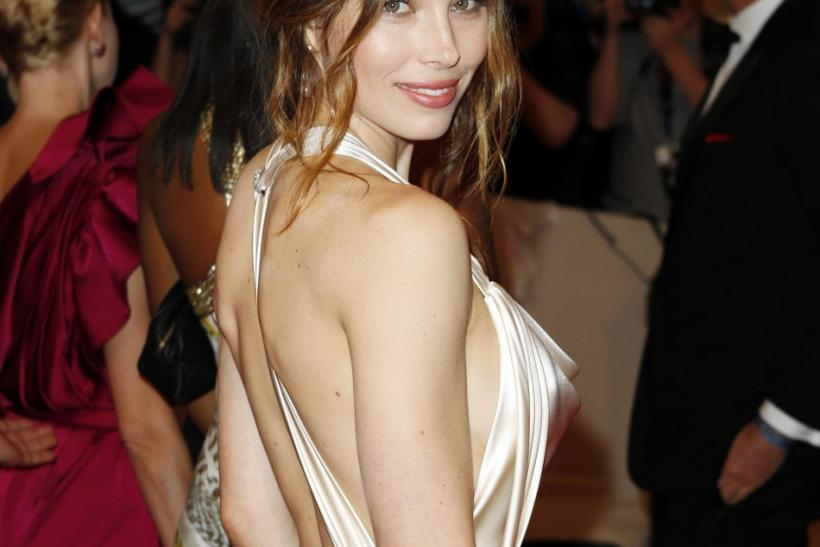 Jessica Biel Shows Off Engagement Ring: Five Of Her Hot Looks!