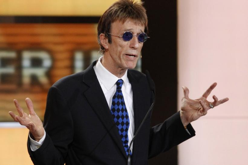 Bee Gees singer Robin Gibb in coma in hospital after contracting pneumonia