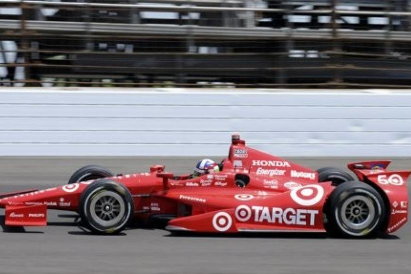 Chip Ganassi Racing driver Dario Franchitti of Scotland competes during the Indianapolis 500 auto race at the Indianapolis Motor Speedway in Indianapolis, Indiana, May 27, 2012.