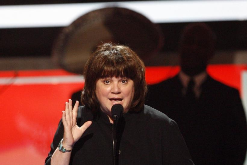 "Musician Linda Ronstadt accepts award during taping of the 2008 ""NCLR Alma"" awards at the Civic Auditorium in Pasadena"