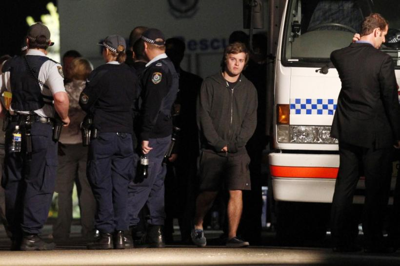Sydney Teen Escapes Bomb Detonation, Hunt for Australian Bomber Begins (Photos)
