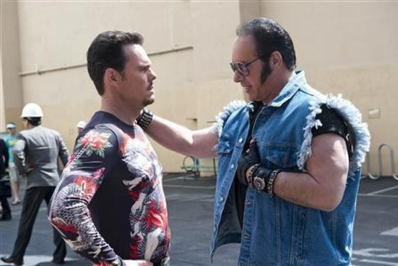 "Actors Kevin Dillon (L) and Andrew Dice Clay are shown in a scene from HBO's ""Entourage"" in this undated publicity photo"