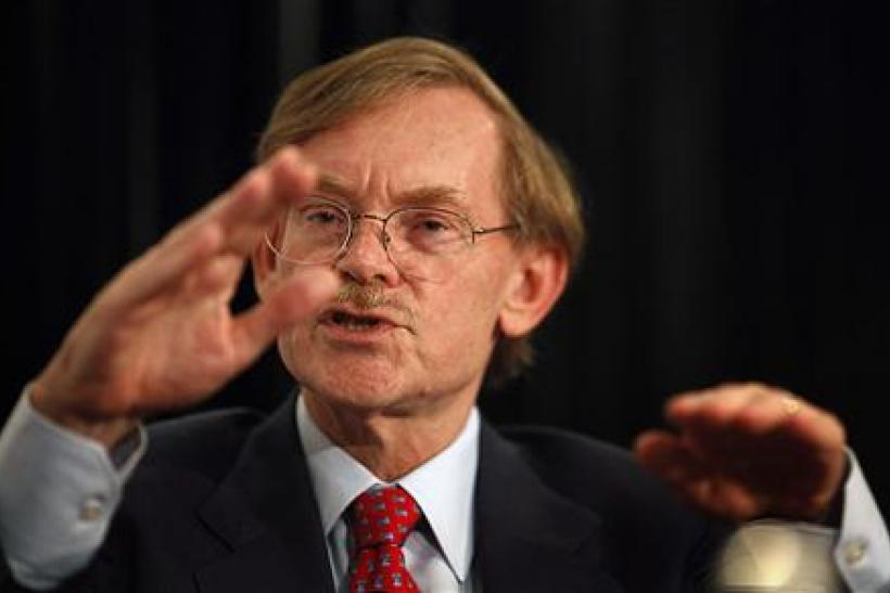 World Bank Chief Robert Zoellick gestures while speaking at the Asia Society's annual dinner in Sydney