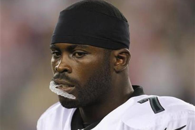 Jets Want Michael Vick