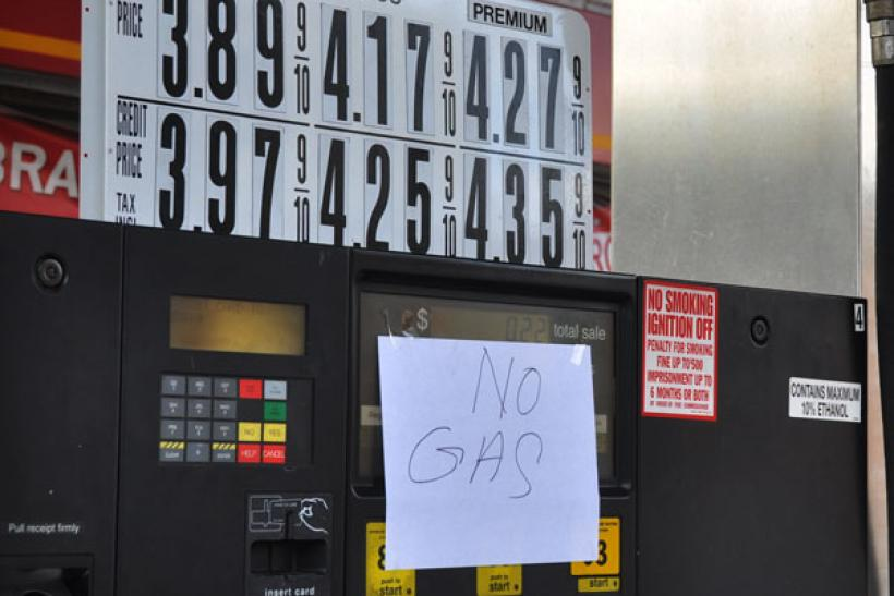 Hurricane Sandy: No Gas sign