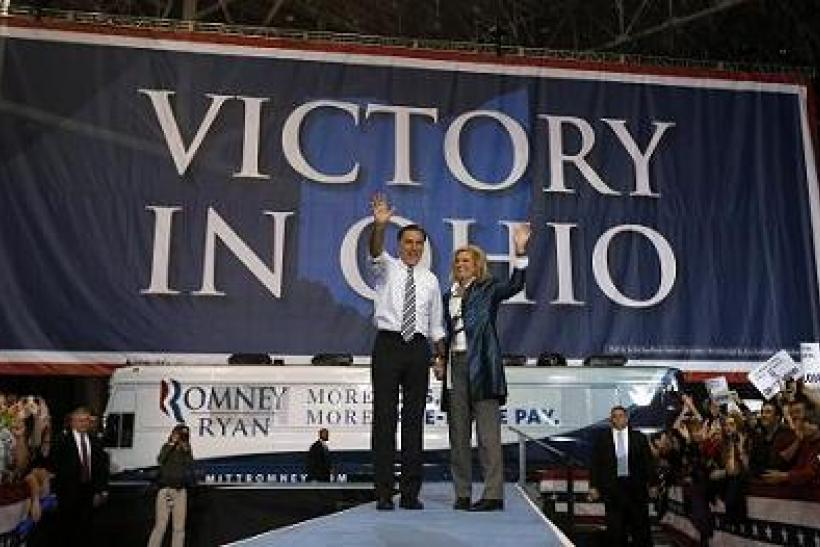 Mitt And Anne Romney In Ohio