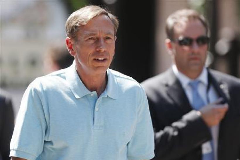David Petraeus Rehire: Former CIA Chief Should Be Brought Back By Obama