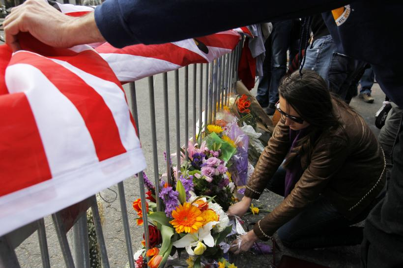 Boston Bombing flowers 4pm 16April2013