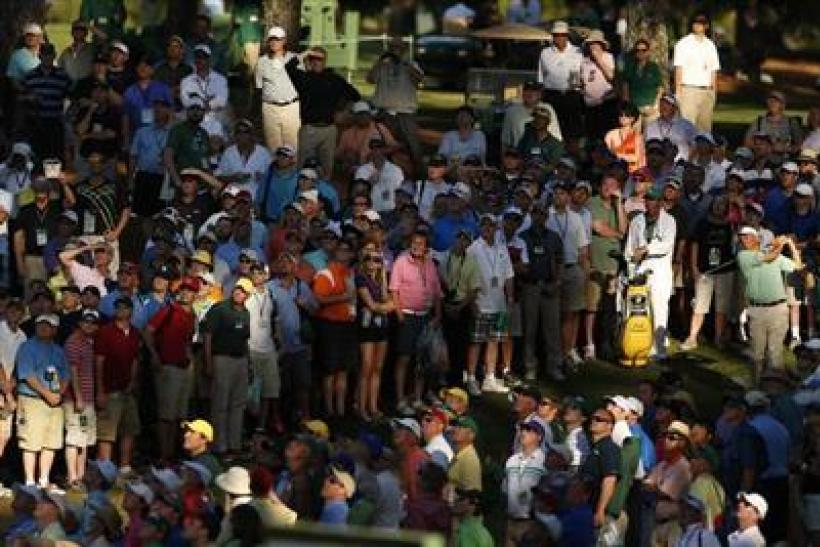 golf crowd