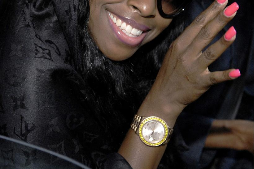 Foxy Brown Accused Of Stealing 900 Hair Weave Hair Stylist