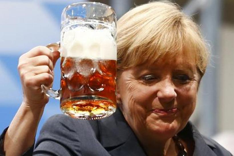 [Image: germany-merkel-beer-aug-2013-2.JPG]