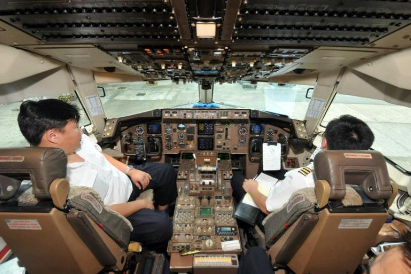 Cockpit Mongoian Air 767 by Riva