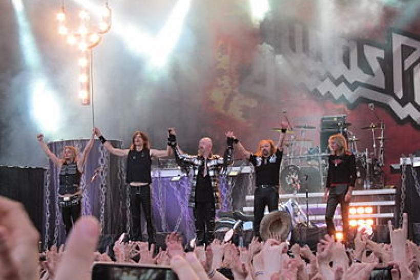 375px-Judas_Priest,_päälava,_Sauna_Open_Air_2011,_Tampere,_11