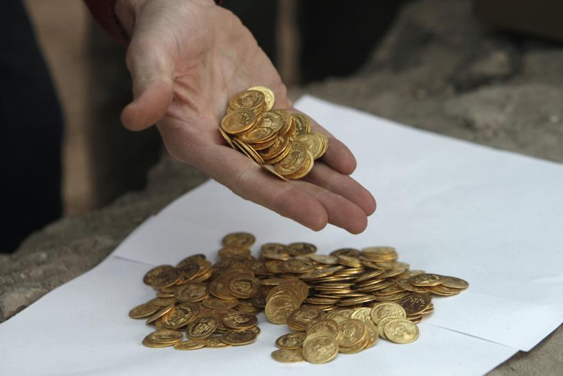 gold coins unearthed