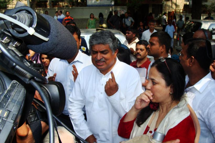 Nandan nilekani and his wife Rohini (koramamngala)