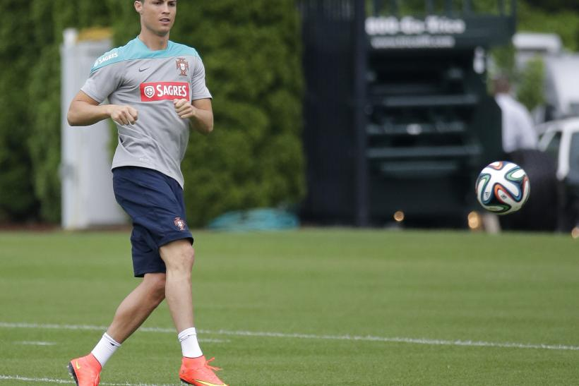 Cristiano Ronaldo Injury Knee Tendinitis Could Limit Portugal Star At 2014 Fifa World Cup Photo