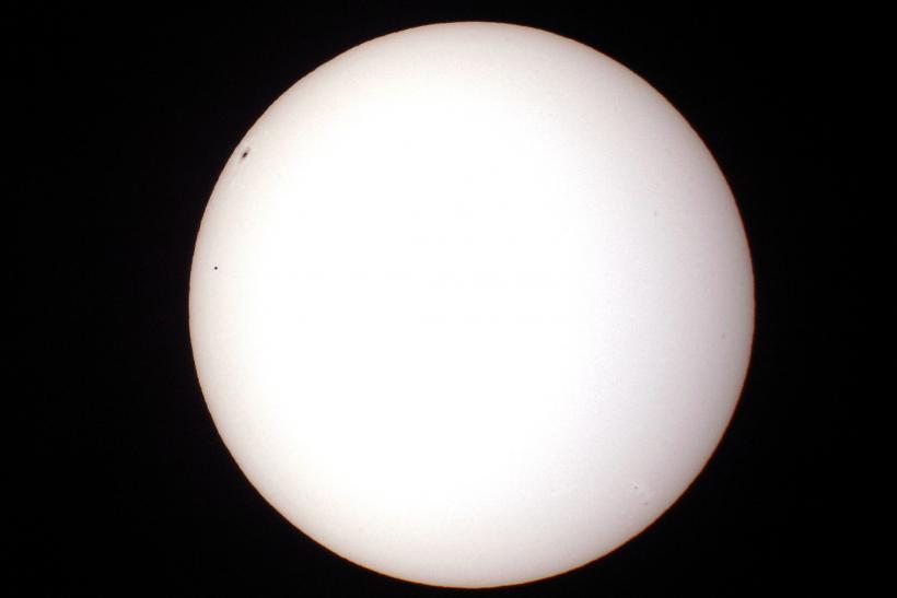 Mercury_transits_sun