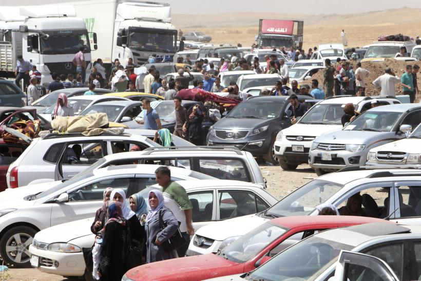 Mosul residents flee