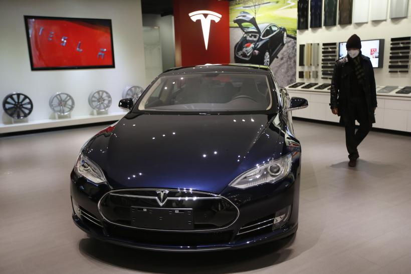 Tesla Motors Releases All Patents To Encourage Electric Car