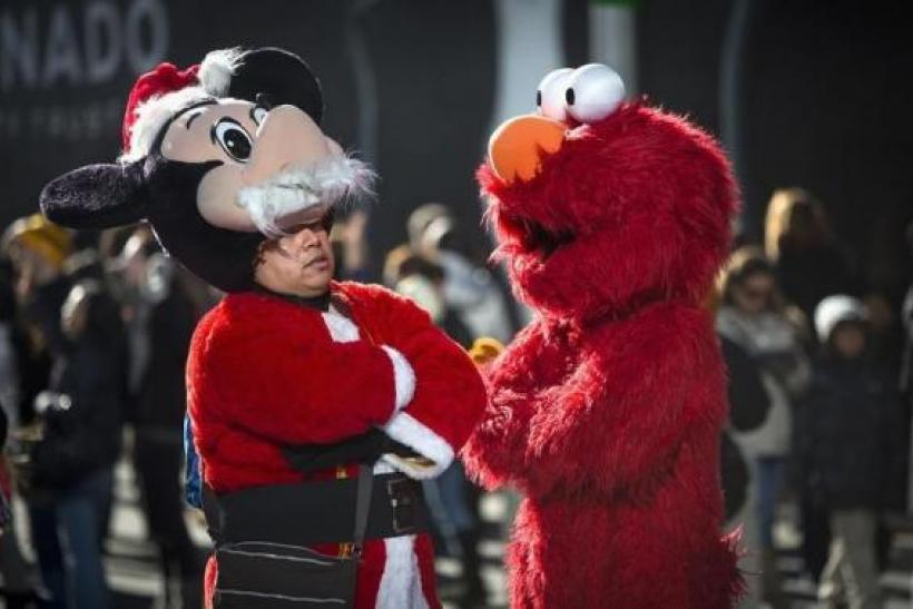 times square costume characters raise legal issues for nyc disney