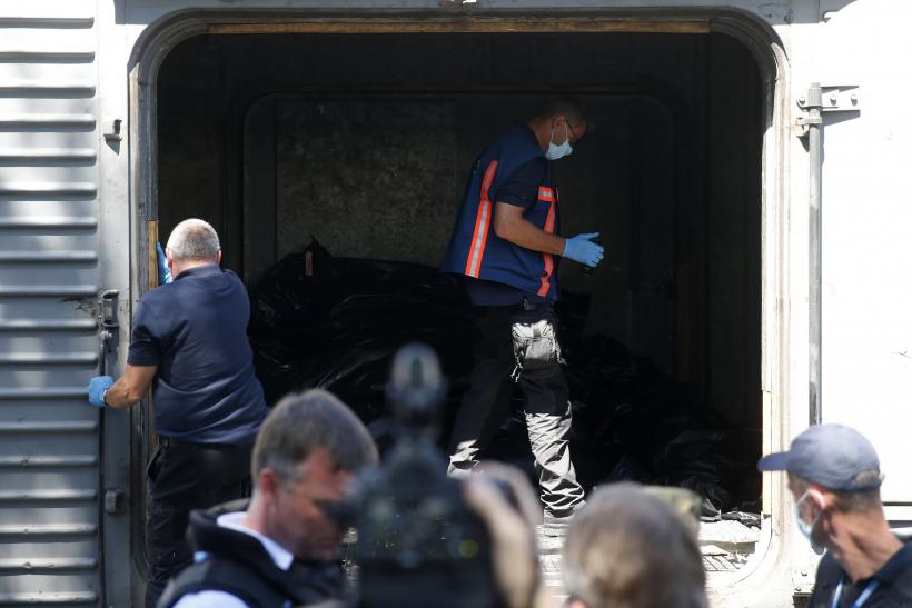 MH17_Bodies_Train