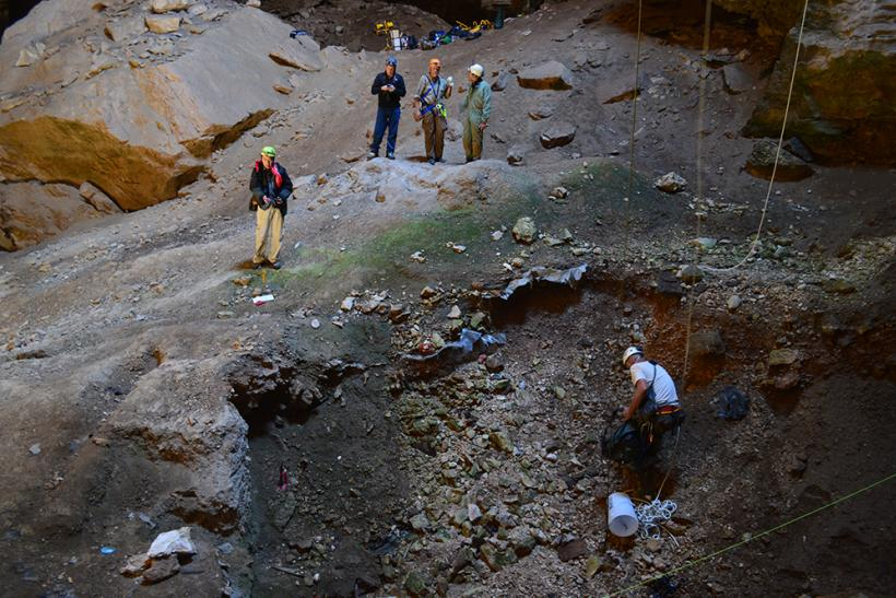 Wyoming_Cave_excavation