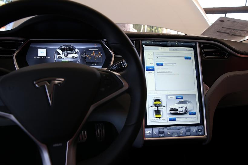 Tesla Model S Critical Backlash: Five Main Problems With