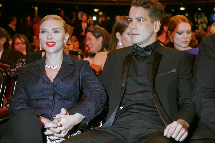 Scarlett Johansson Welcomes First Child With Fiance Romain Dauriac Names Daughter Rose