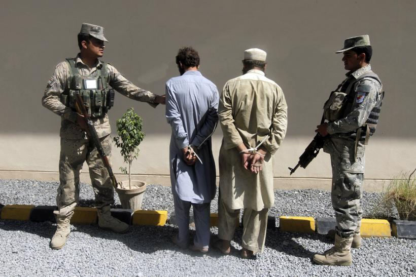 Afghan Police Detain Suspected Taliban Fighters