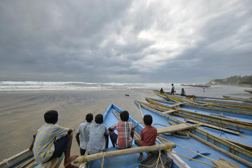 Cyclone Hudhud Update: Tropical Storm Causes First Casualty