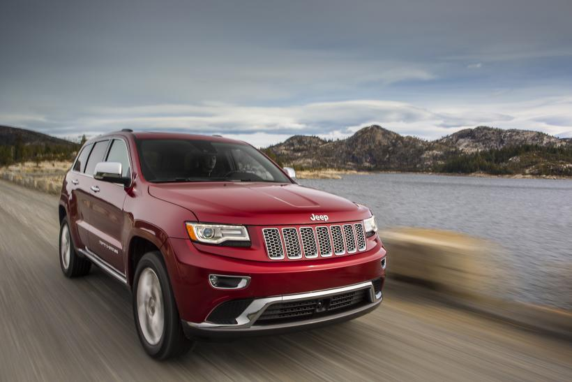 Fiat Chrysler Automobiles Has Issued 25 Recalls This Year Led By 2017 Dodge Durango Jeep Grand Cherokee