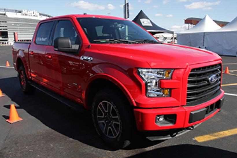 Ford F-150 Red