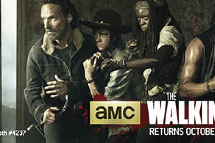 the-walking-dead-season-5-comic-con-banner-560x195
