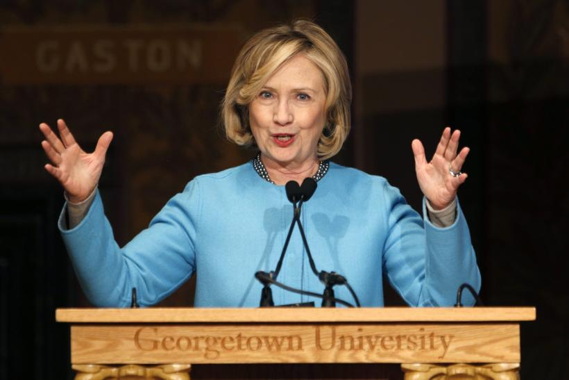 2014-12-03T161603Z_311472208_GM1EAC400JJ01_RTRMADP_3_USA-POLITICS-CLINTON