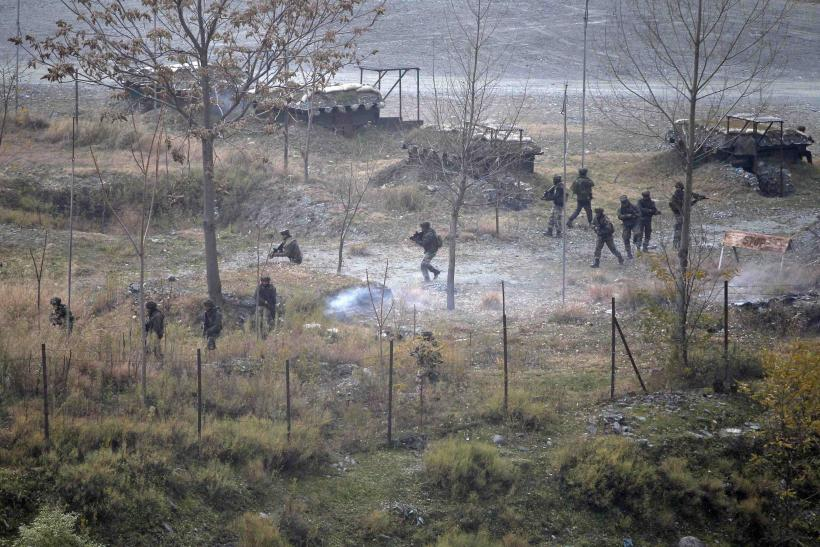 five dead in new years eve clashes on india pakistan border