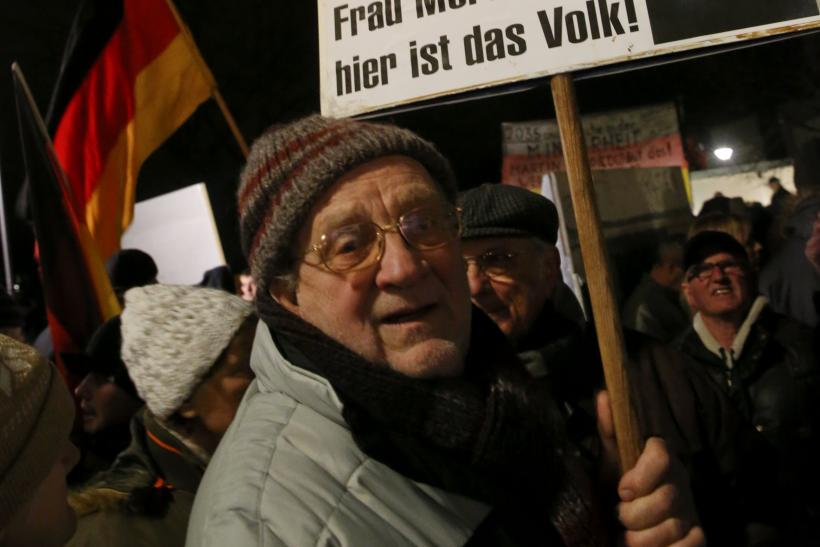 2015-01-12T173611Z_1529072017_LR2EB1C1CW1JM_RTRMADP_3_GERMANY-ISLAM-PROTESTS