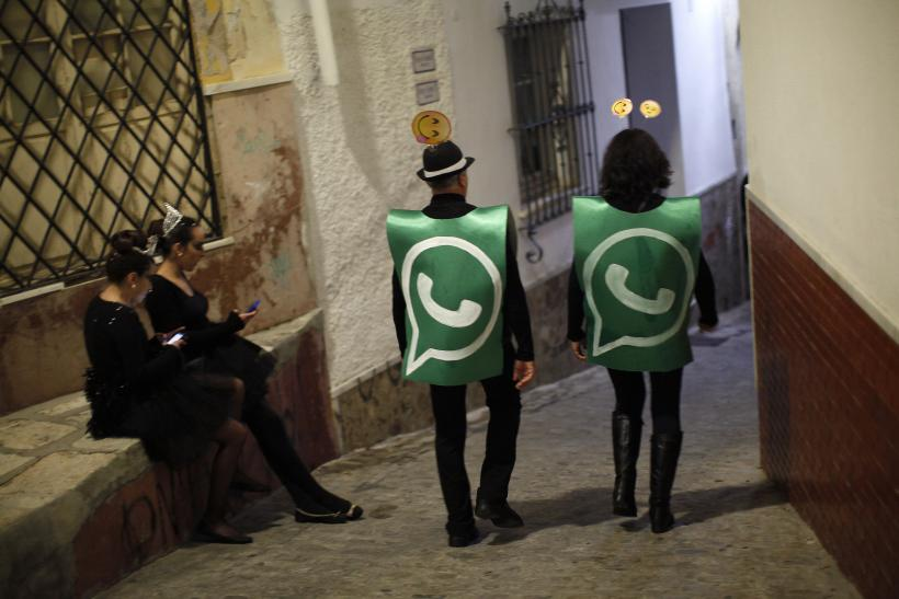 whatsapp status costume