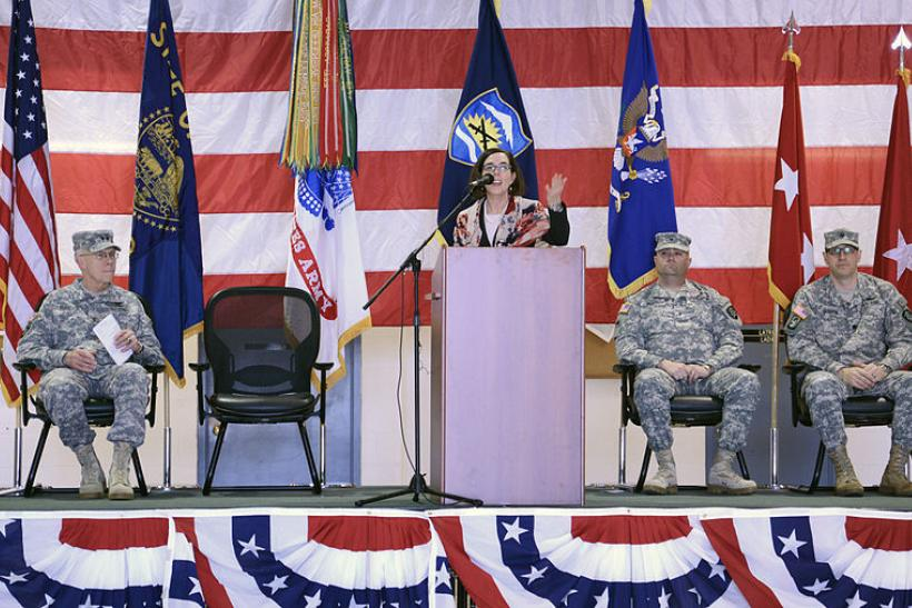 Secretary_of_State,_Kate_Brown,_addresses_service_members_of_Charlie_Co