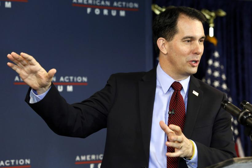2015-01-30T173006Z_782638763_GM1EB1V041N01_RTRMADP_3_USA-POLITICS-WALKER