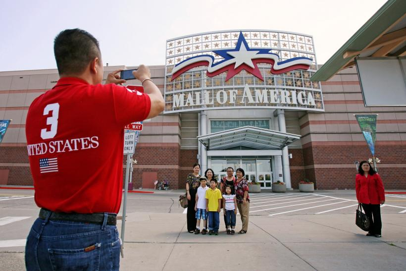2015-02-22T150646Z_1264589391_TM3EB2M0S6P01_RTRMADP_3_USA-SECURITY-MALL