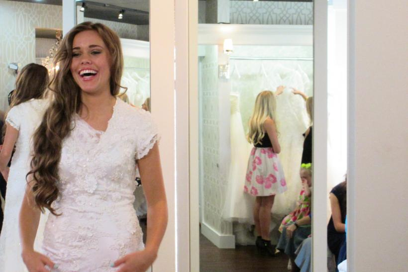 Jinger Duggar Wedding Dress.19 Kids And Counting Recap Jessa Duggar Says Yes To The Dress