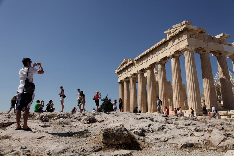 Greece tourists as tax inspectors