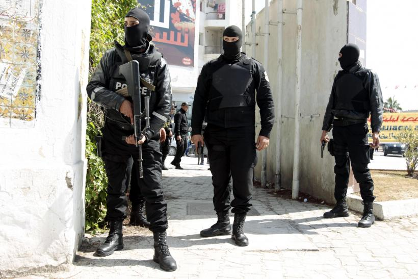 2015-03-18T213905Z_606078090_GM1EB3J08PN01_RTRMADP_3_TUNISIA-SECURITY