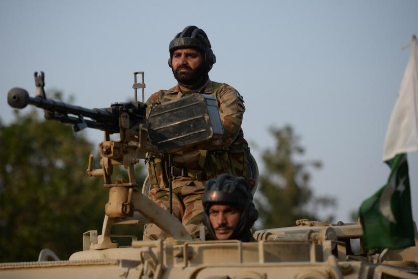 Pakistani troops kill 80 militants