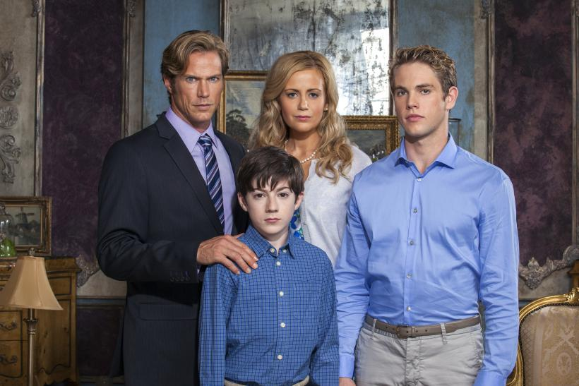 If There Be Thorns Star Rachael Carpani Reveals How She