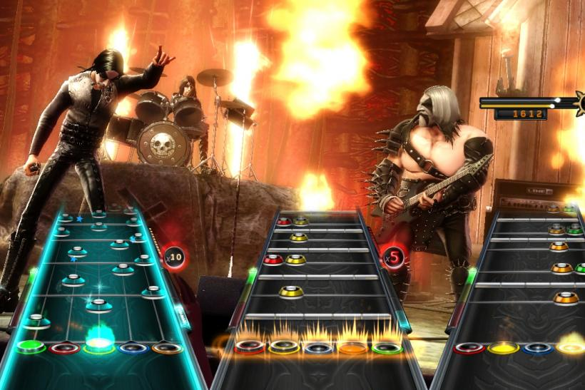 Guitar-Hero-Warriors-of-Rock-Flames