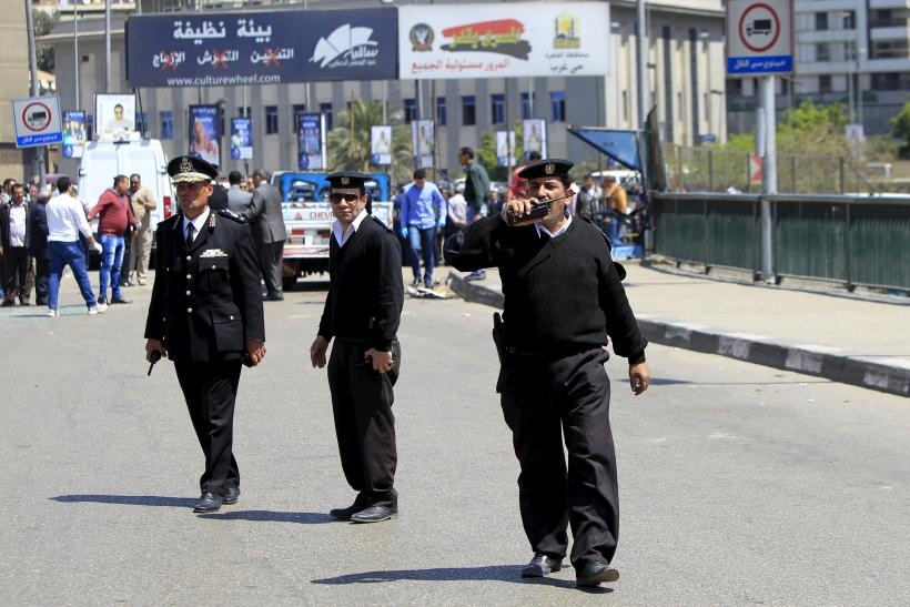 Egyptian policemen
