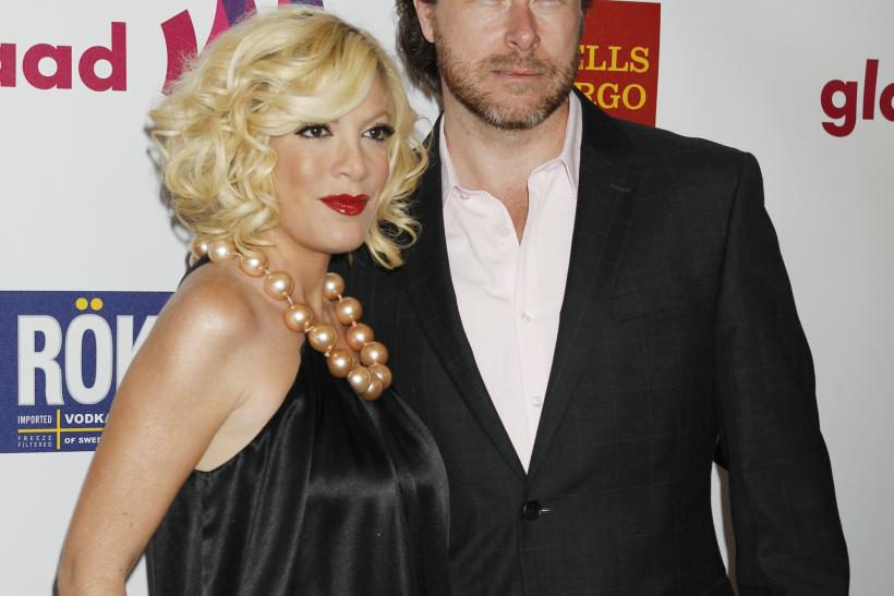 Tori spelling shares message about mistakes on wedding anniversary